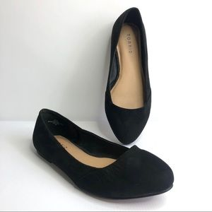 Torrid Black Flats Shoes size 9W